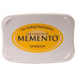 Memento dew drop ink pad lady bug